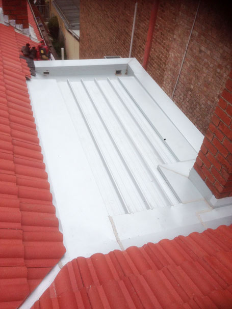 metal flat roof section